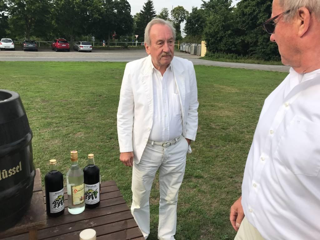 2017-07-15-Picknick-In-Weiss-004